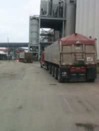 Unloading soybeans
